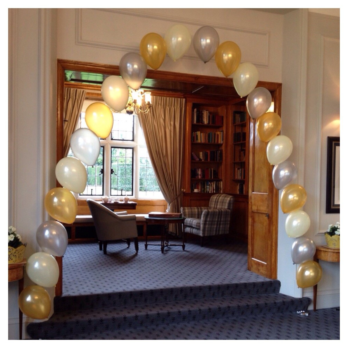 Latex balloon arch at Greenwoods Hotel