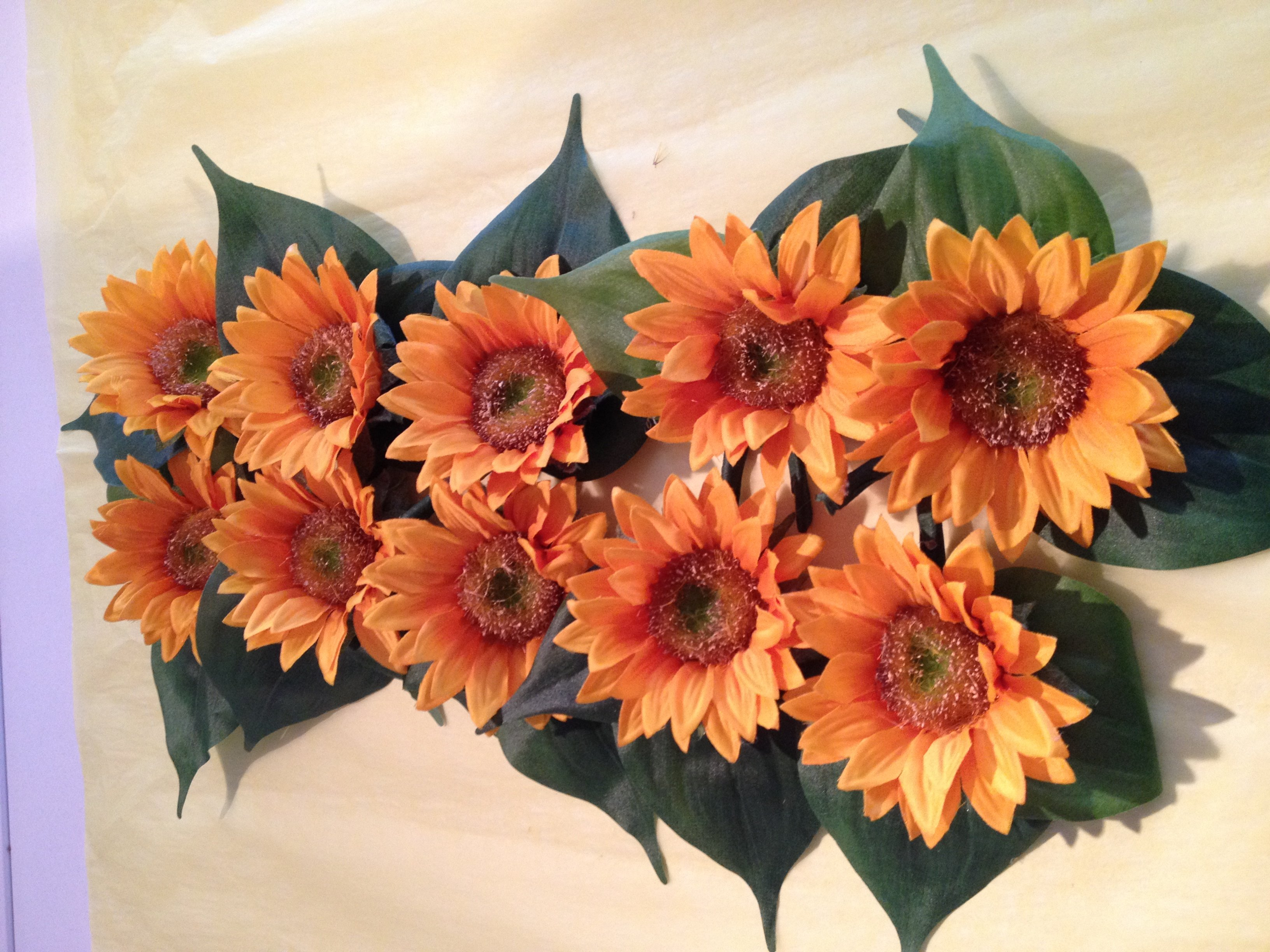 Sunflower buttonholes